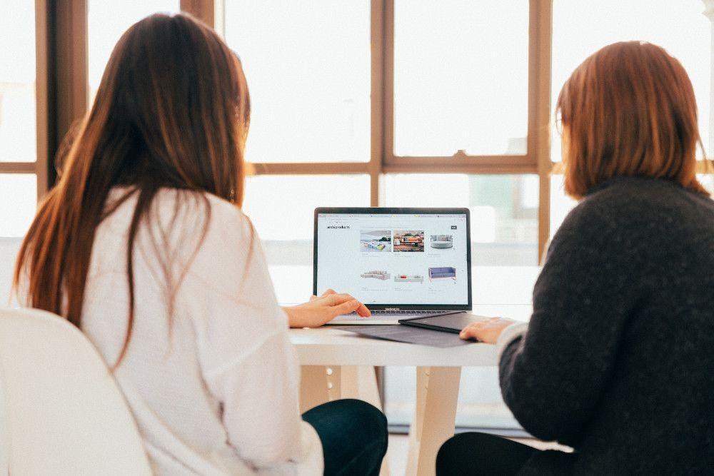 Análisis de las páginas web de orientación profesional de las comunidades autónomas y su relación con la acreditación de las competencias profesionales